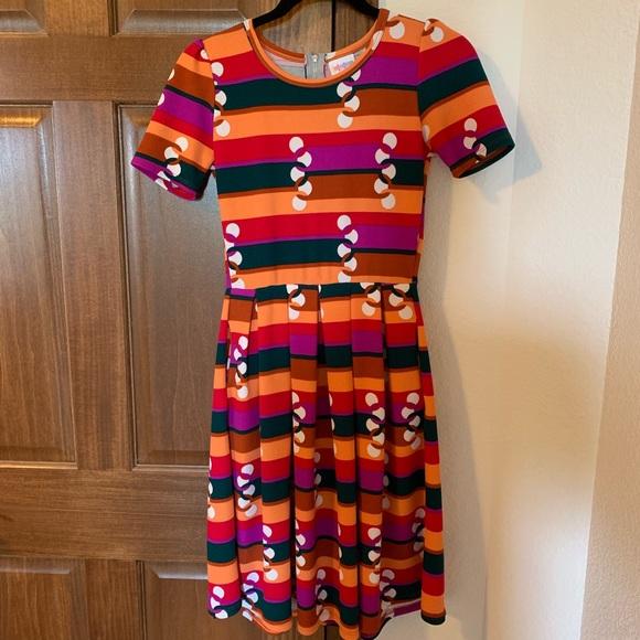 LuLaRoe Dresses & Skirts - Striped Amelia Dress